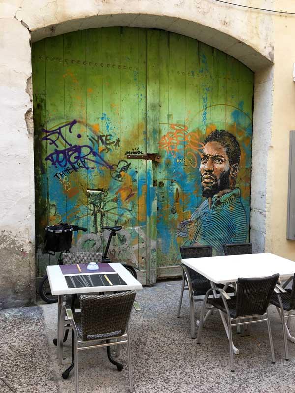 Anlässlich des K-Live Festivals wurden überall in der Stadt Graffiti angebracht