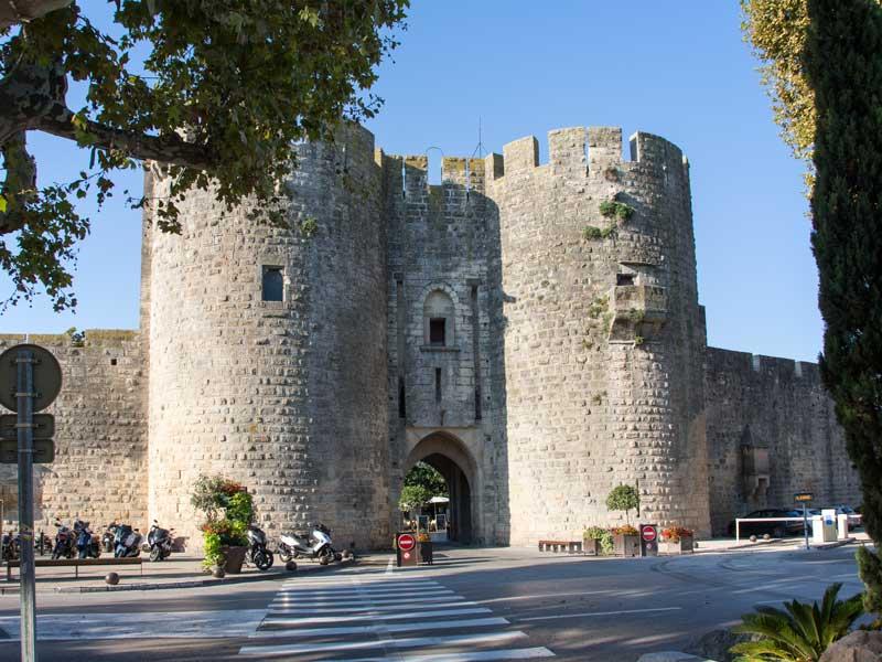 Die Porte de la Gardette ist das von Touristen am meisten genutzte Tor