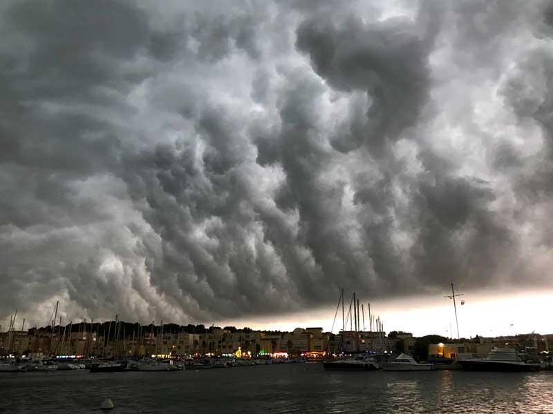 Hafen von Gruissan, Unwetter