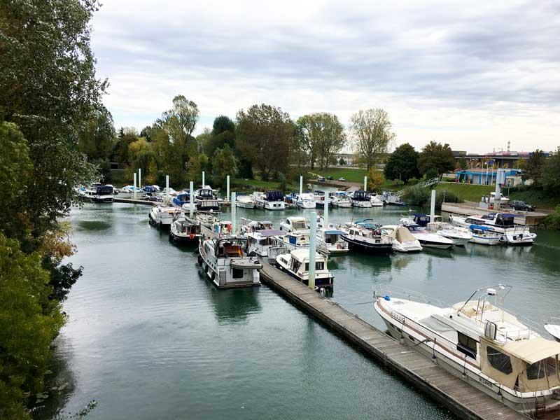 Der Hafen von Chalon-sur-Saône ist nicht besonders groß, aber sehr gemütlich