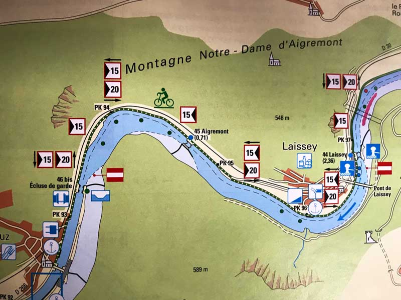Die Abstandsgebote auf dem Doubs sind ein bisschen verwirrend