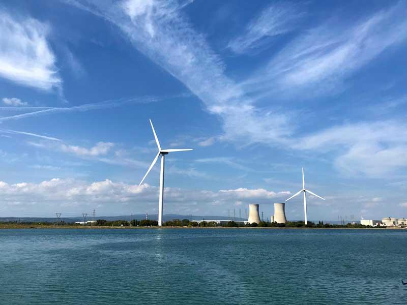 Eines der drei Atomkraftwerke am Ufer der Rhône: Tricastin
