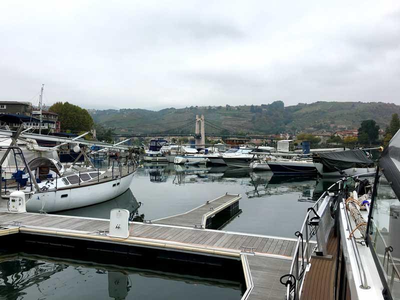 Hafen von Les Roches-de-Condrieu