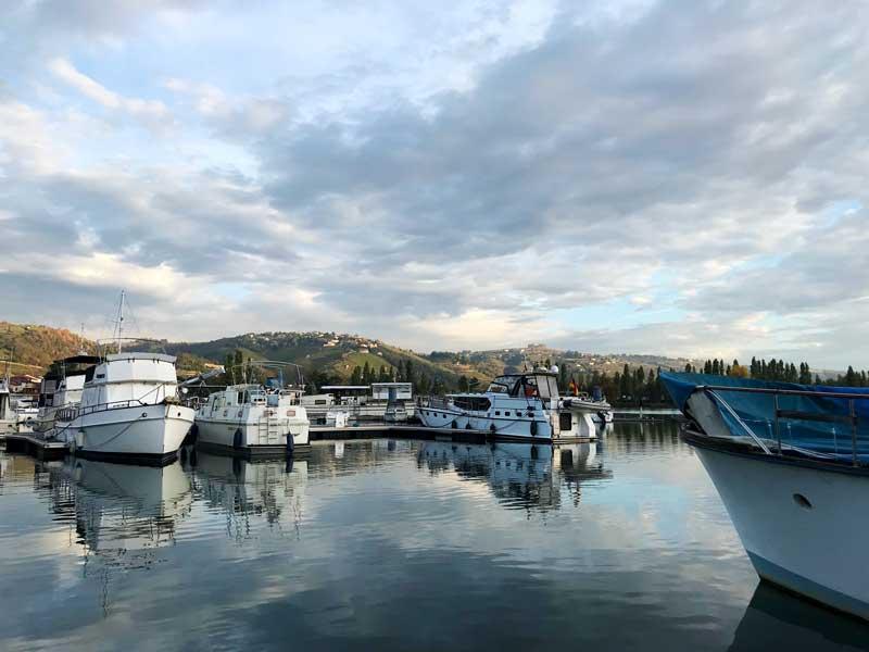 Unser Boot im Hafen von Les Roches-de-Condrieu