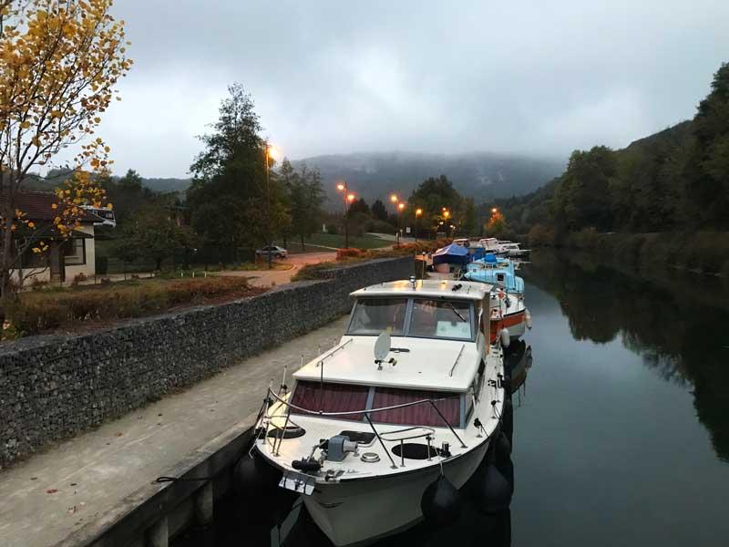 Der kleine Hafen von Baume-les-Dames ist ebenfalls recht gemütlich