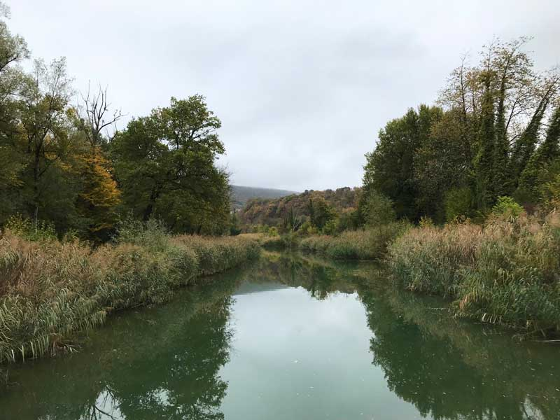 Die Strecke zwischen Besançon und Montbéliard auf dem Canal du Rhône au Rhin ist durchaus malerisch