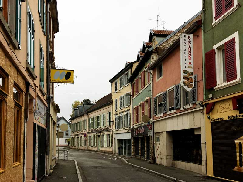 Typische Straßenansicht in Montbéliard