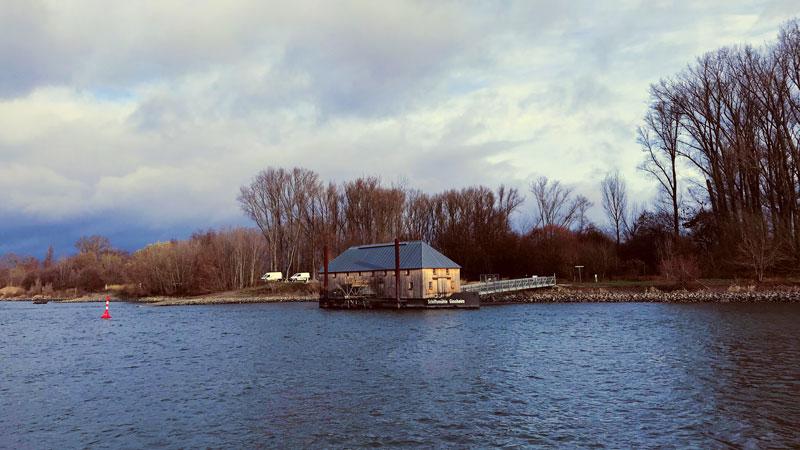 Schiffsmühle Ginsheim, eine fahrende Wassermühle