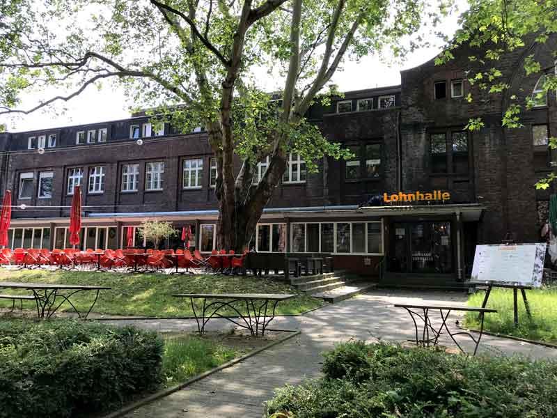 In der ehemaligen Lohnhalle der Zeche Leopold in Dorsten haben sich Architekten, Künstler, Webdesigner und ein Lokal eingemietet