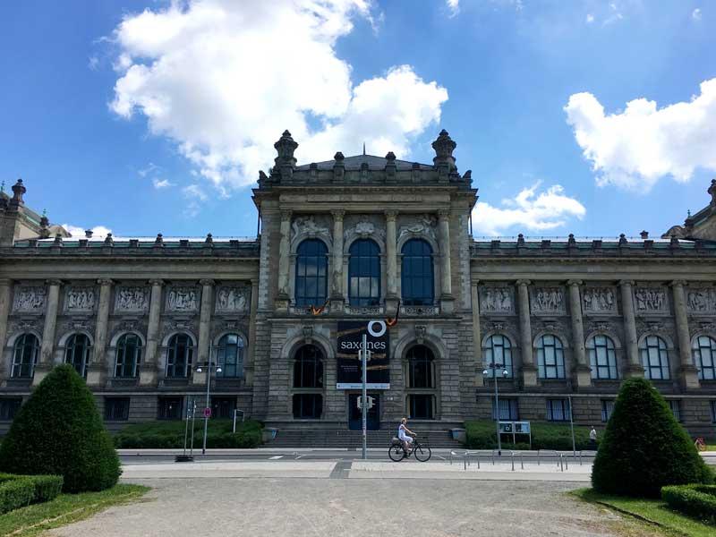 Im Landesmuseum von Niedersachsen in Hannover läuft gerade eine Sachsen-Ausstellung