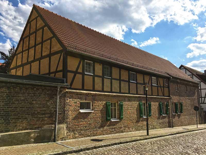 Schönes altes Wohnhaus in Ketzin Havel, teils Sichtziegel, teils Fachwerk